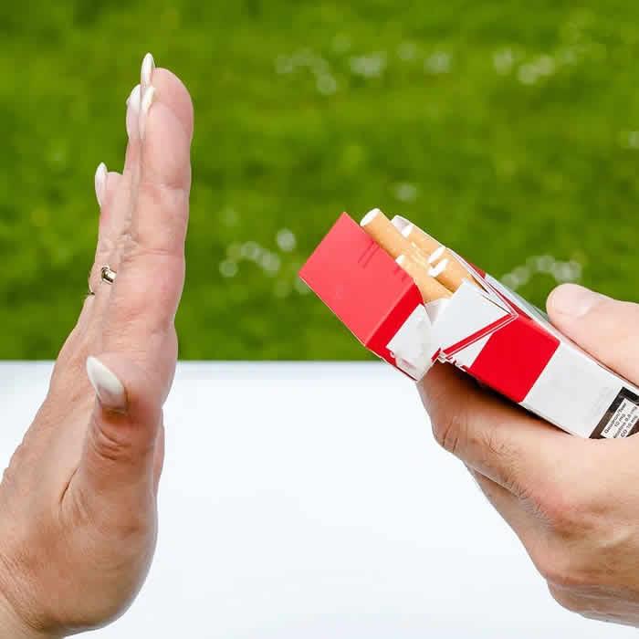 Quelles fleurs de Bach pour Arrêter de Fumer ?